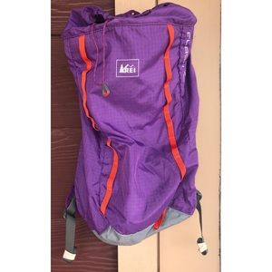 REI | Flash 18 Purple Orange Day Hiking Backpack